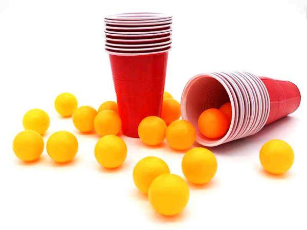 Beer Pong Set mit 24 Bällen und Bechern